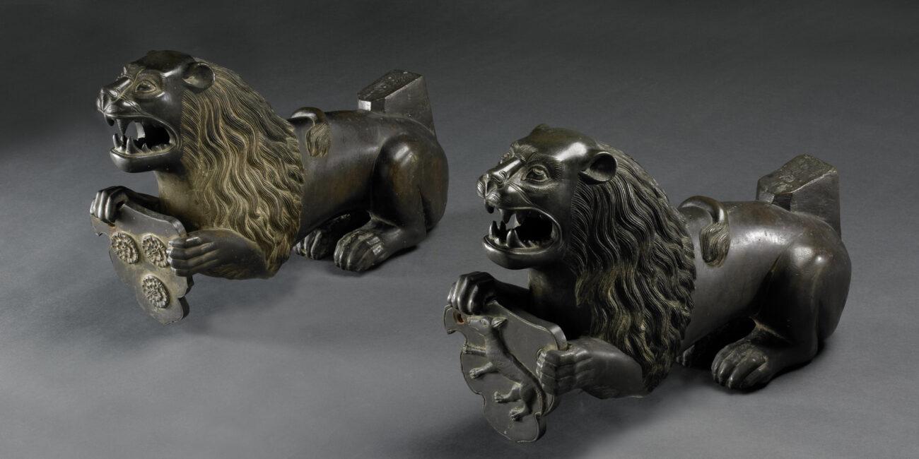 Cast of a lion 02